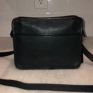 Vintage Black Leather Coach Crossbody Shoulder Bag